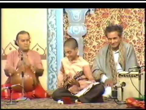 Vidwan U Srinivas-vintage video clip- late 1970s