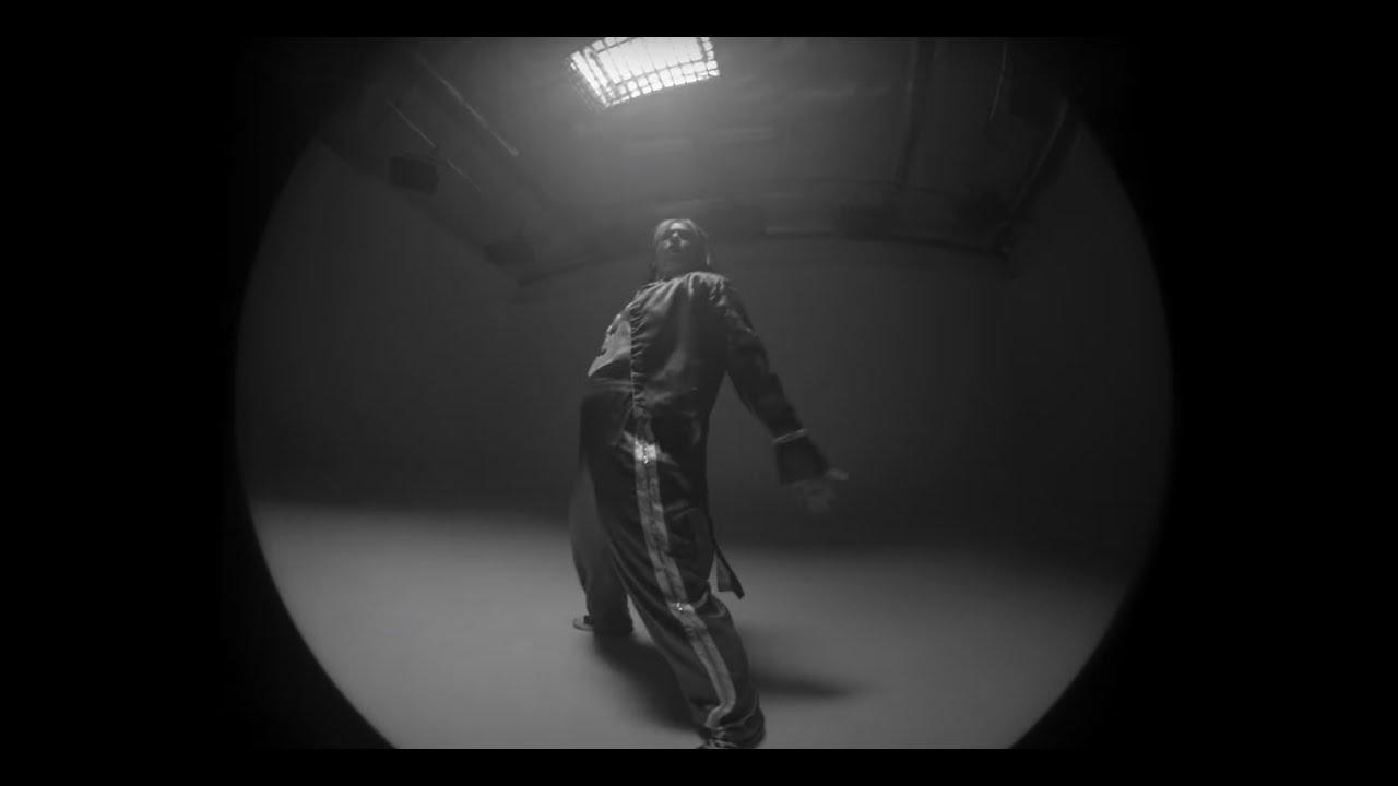 "Kelsy Karter ""Love Me Or Hate Me"" (Official Music Video)"