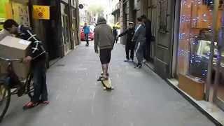 Surfeando por Ciutat Vella
