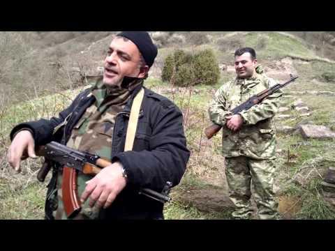 Неаполитанский хит в исполнении армянского бойца в Карабахе