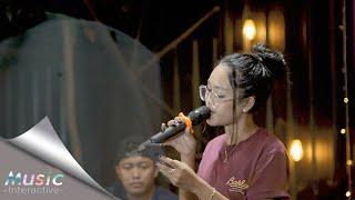 Download Safira Inema - Mandek Nangis (Official Music Video)  Banyu Moto Uwes Asat Krono Mikir Koe Minggat