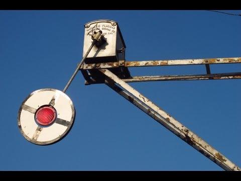 Wig Wag Railroad Crossing & BNSF Malabar Switcher - 6/11/12