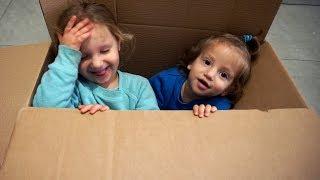 בטעות שלחנו לכם את אמה ומיילו עם המתנות של ההגרלה! תחזירו אותם מהר! :)