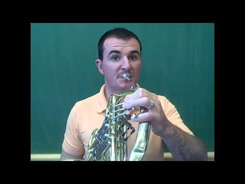 French Horn - Playing The  First Five Notes