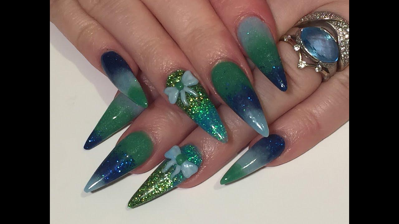 Dark blue acrylic nails