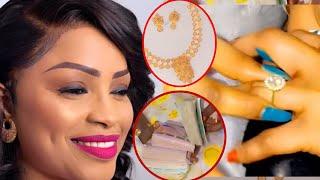 Mbathio Ndiaye s'est mariée et reçoit 10millions, bague en Diamant et un téléphone de 1500.000fr