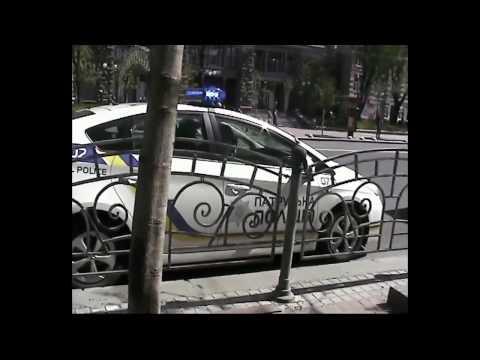 видео: Позитивное общение с полицией