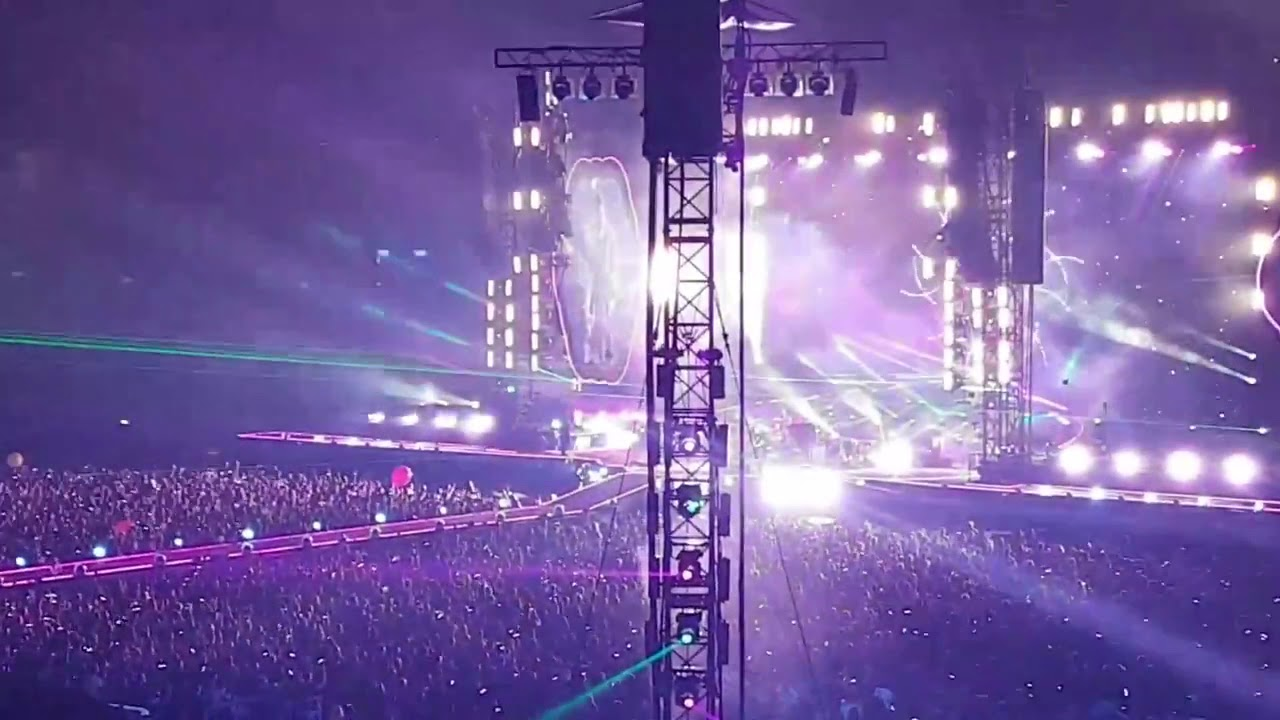 A Sky Full of Stars   Coldplay Best Live concert Performance in toronto canada August 2018