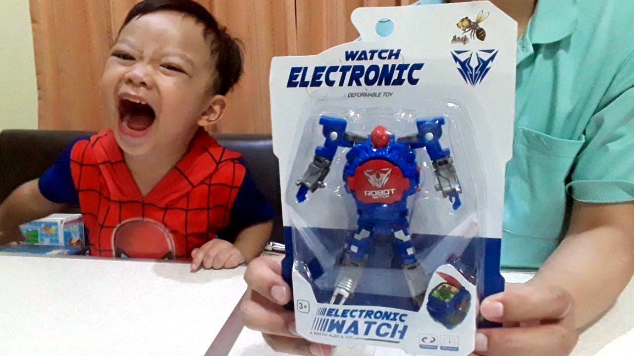 น้องก๊อตจิ รีวิวของเล่น นาฬิกาแปลงร่างเป็นหุ่นยนต์ Robot Watch