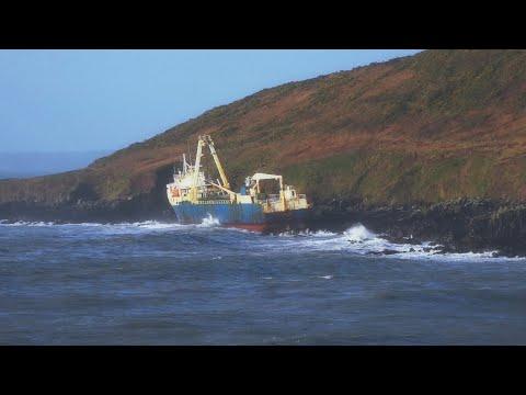 «Корабль-призрак» появился у берегов Ирландии