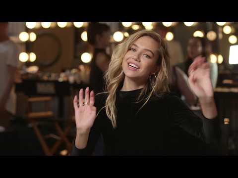 Delilah Belle Talks Style Icons & Favorite Songs   GOOD AMERICAN