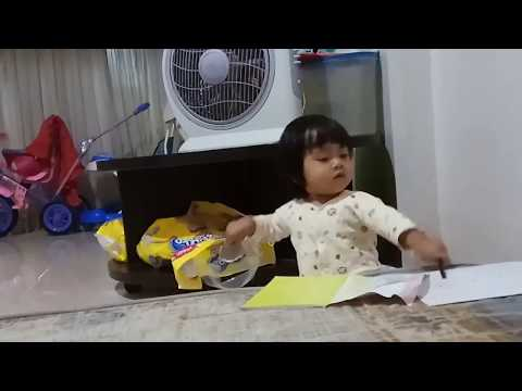 Hafizah - Belajar Menulis Anak Umur 1 Tahun A,B,E Huruf Abjad