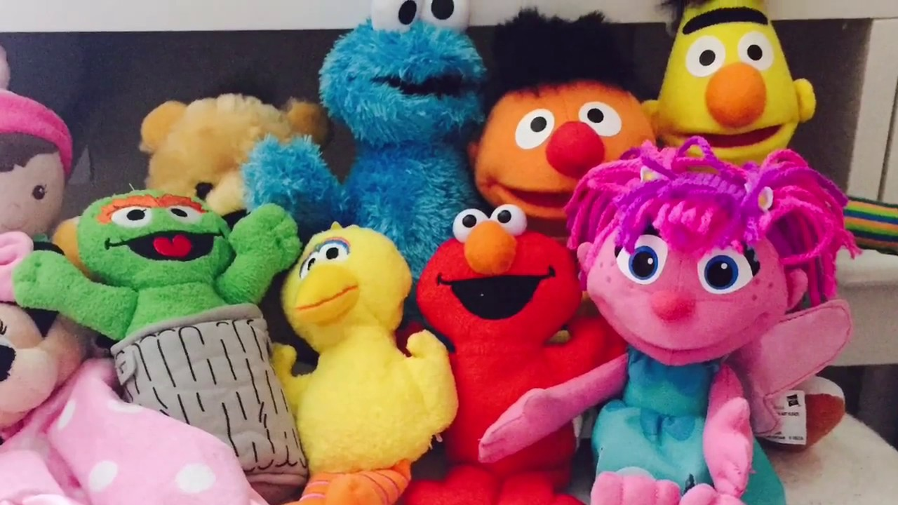 Cookie Monster Abby Cadabby and Elmo find new Sesame