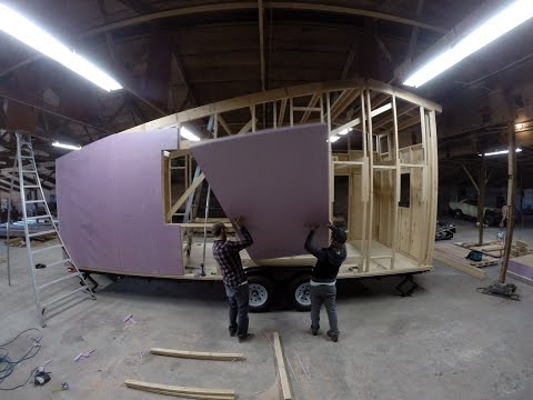 A d.i.y. TINY HOUSE BUILD: IN MOTION [SHED tiny house – 8 min.]