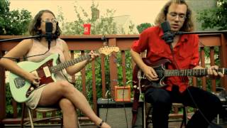 Sallie Ford & The Sound Outside - Walkin
