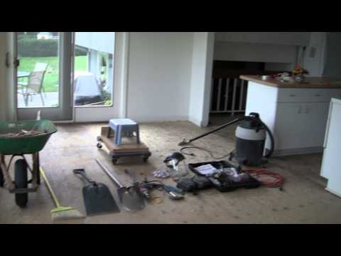 porcelain floor tile ceramic tile removal using a demolition hammer diy 10281
