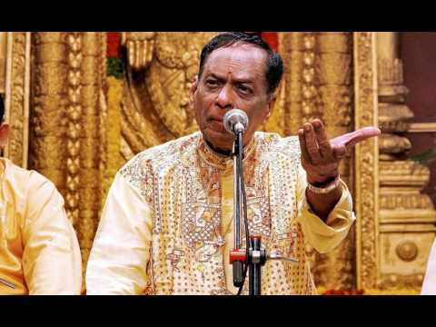 palinchu kamakshi-పాలించు కామాక్షీ పావనీ-madhyamavathi- Syamasastry-M Balamuralikrishna