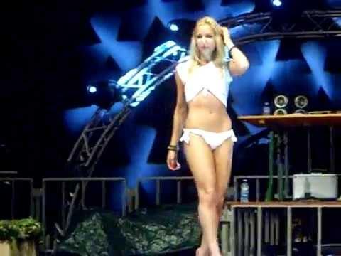 Miss maglietta bagnata - YouTube