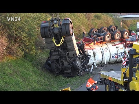 15.04.2019 - VN24 - Tank-Sattelzug überschlägt Sich Auf A2 Bei Hamm - Fahrer überlebt Nicht