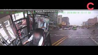 [조선비디오] 경찰이 공개한 자전거 사고 동영상