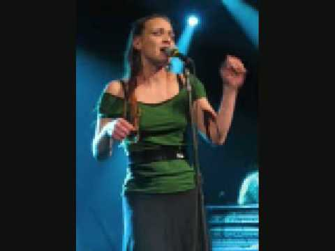 Fiona Apple - Sitting in Limbo (Jimmy Cliff Cover)