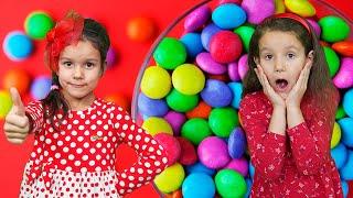PIPONA. Лера и Вика  в детском музее.