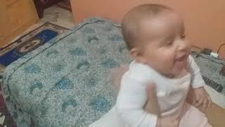 ضحك أطفال : ضحك و مرح أريج سلسلة اطفال و غناء ماما جابت بيبي  يوميات أريج