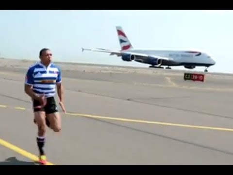 Rugby star Bryan Habana races a plane