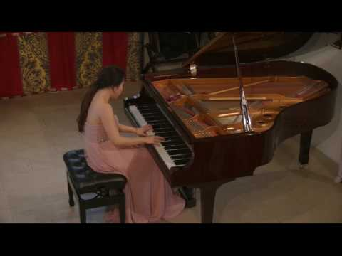 Chloe Mun plays Galuppi: Sonata no 5 in C