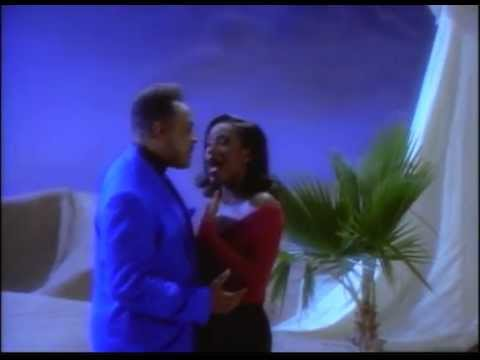 Mix - A Whole New World - Peabo Bryson and Regina Belle