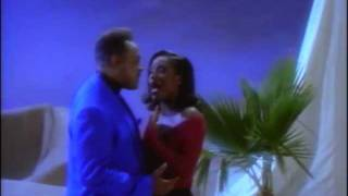 A Whole New World - Peabo Bryson and Regina Belle thumbnail
