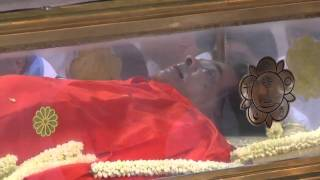 Sathya Sai Baba lying in state
