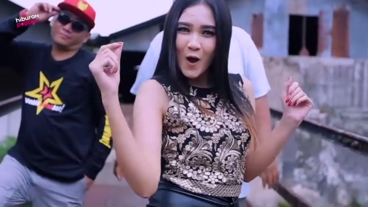 Goyangannya Bikin Panas Dingin! 10 PENYANYI DANGDUT KOPLO PALING FENOMENAL DI INDONESIA