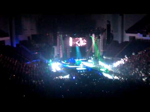 Eric Church live 9-11-14 Outsiders and Creepin. Opening night of world tour.