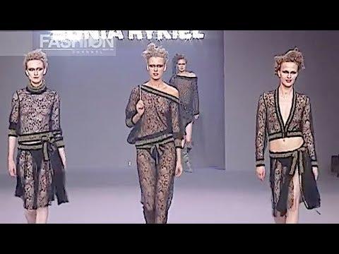 SONIA RYKIEL Fall 2001 Paris - Fashion Channel