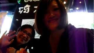 跟朋友們去吃金太郎拉麵,我跟Mandy還在那邊學店員的日本英文腔,其實我...