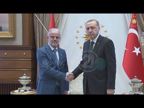ANKARA, XHAFERI TAKON PRESIDENTIN ERDOGAN, KREYPARLAMENTARI FALENDERON TURQINË PËR MBËSHTETJEN NË BE