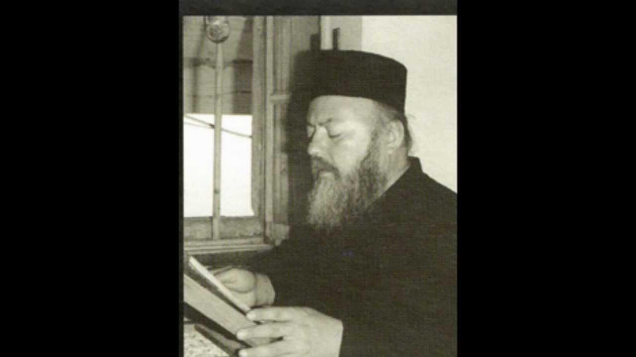 """Το αηδόνι του Αγίου Όρους, Ιερομ. Παντελεήμων Κάρτσωνας μας Ψάλλει """"Ευλόγει η ψυχή μου τον Κύριον"""""""