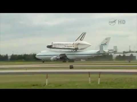 Space Shuttle Lands in Washington DC