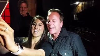 kiefer sutherland greeting fans outside daryls house club