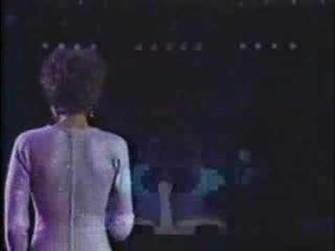 Whitney Houston - Love Songs