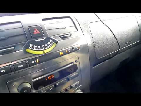 How to Use Four-Wheel Drive 4X4 Control System on Hummer H3 Adventure Package
