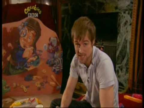 Jonas Armstrong Reads CBeebies Bedtime Story 3