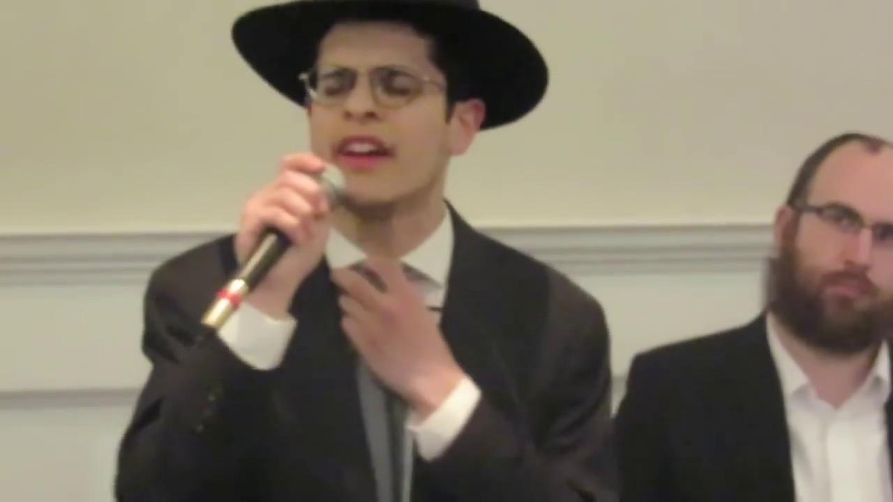 "Simcha Jacoby Singing ""Ma Yisron"" From Shmueli Ungar שמחה יעקבי שר את ""מה יתרון"" משמואלי אונגר"
