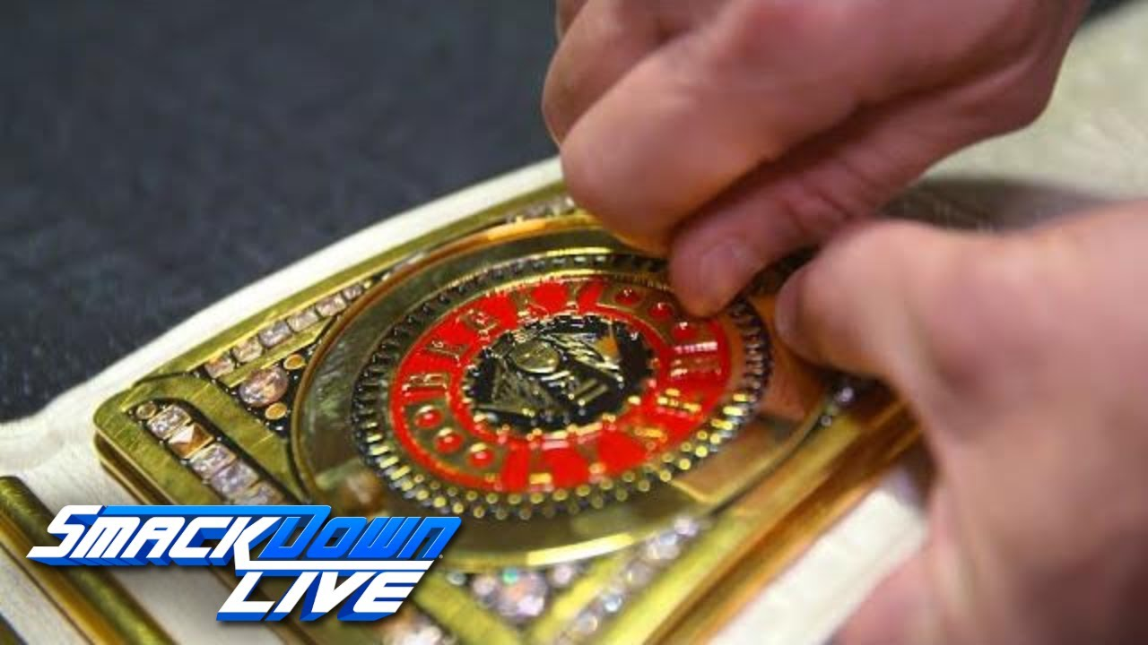 becky-lynch-gets-her-custom-plates-added-to-smackdown-women-s-title-exclusive-sept-18-2018