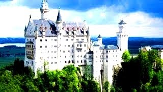 10 Largest Castles In The World