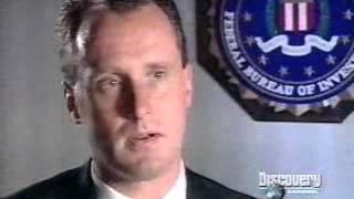 Los Archivos Del FBI  Máscaras de terror   Hollywood
