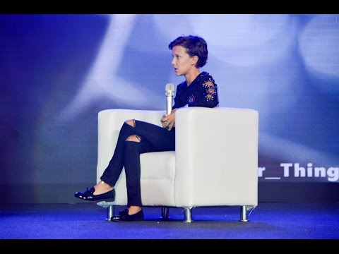 AsiaPOP Comicon 2016 (Interview with Millie Bobby Brown)
