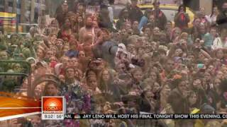 Taylor.Swift.-.[Teardrops.On.My.Guitar.(Today.Show,.29-05-09)].Live.(HDTV).mpg