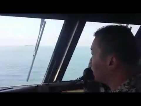 WATCH: The Republic of Singapore Navy and coast guard issue warnings to Malaysian government vessels